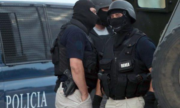RENEA blindon Gjirokastrën, kapet i kërkuari për krimin e rëndë. Vrau kushëririn për borxhin e pashlyer