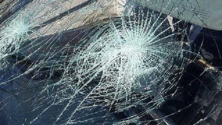 Tetë persona të lënduar në pesë aksidente në Shkup