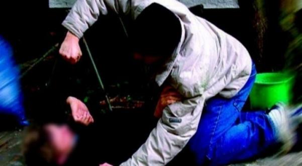 Përleshje fizike mes dy minorenëve në Shkup