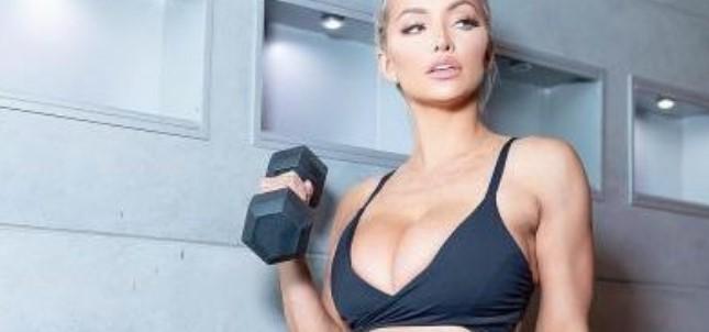 Modelja e Playboy nis palestrën, por kush e ka mendjen aty (FOTO LAJM)