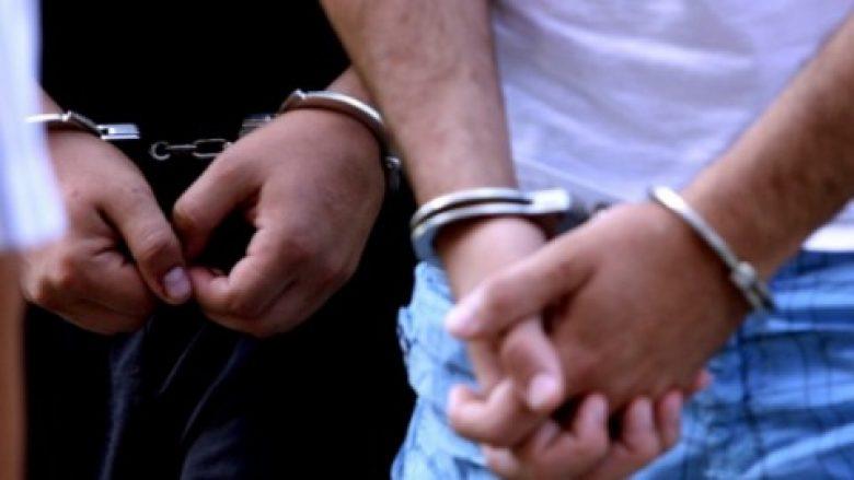 Arrestohen shtatë persona me dokumente të rrejshme në Bllacë