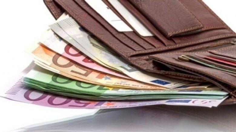 Maqedoni, rritet pragu i pagesës kesh nga 500 në 3 mijë euro
