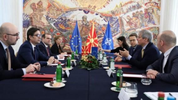 Pendarovski në takim me eurodeputetët: Presim hapjen e negociatave me BE-në