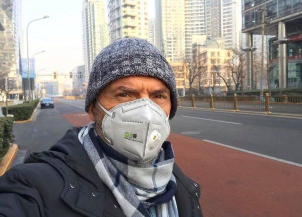 Ambasadori shqiptar në Kinë: Koronavirusi s'është ndalur, 60 të vdekur çdo ditë