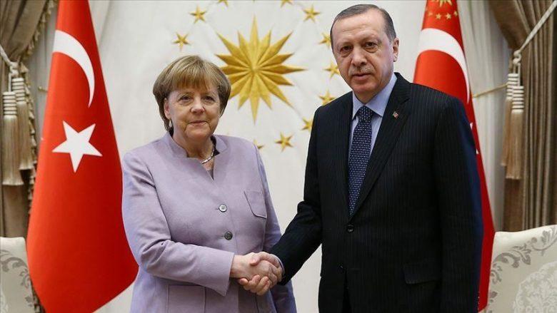Qytetarët e Maqedonisë vlerësojnë pozitivisht presidentin Erdogan, në vendin e dytë Merkel