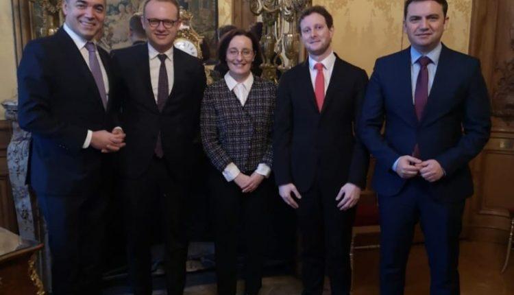 Shkupi pret konsensus në BE për vendimin për negociata para Samitit në Zagreb