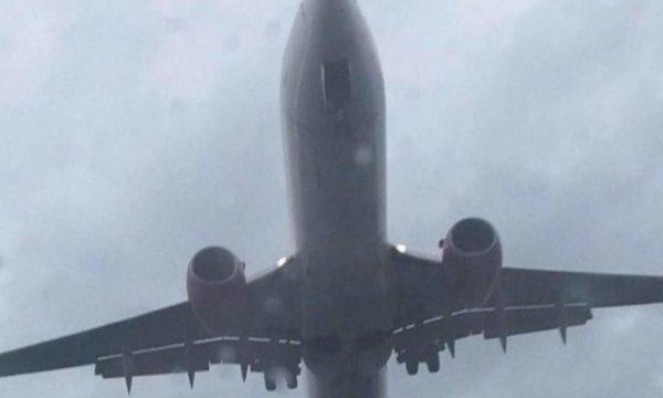 Arriti në Shkup aeroplani me udhëtarë që kanë simptoma të Koronavirusit