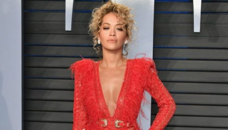 Frika nga koronavirusi, Rita Ora shfaqet në këtë gjendje