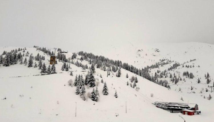 Më shumë borë në Gjurishte, më ftohtë në Hanet e Mavrovës