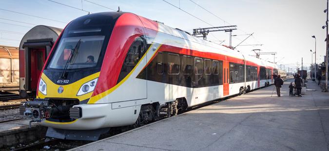 Rikthehet treni Shkup-Prishtinë
