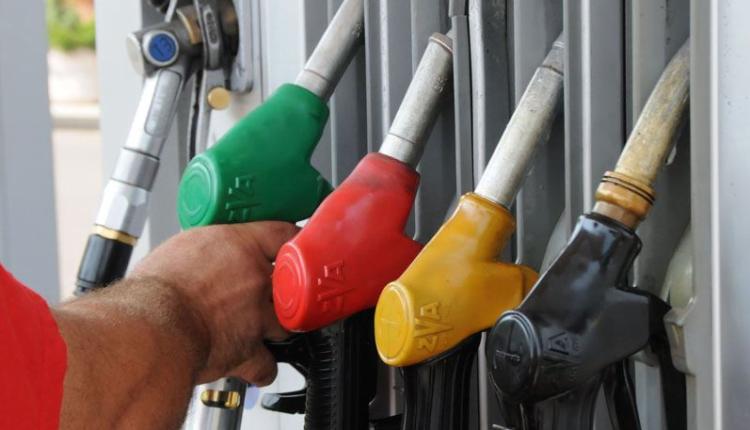 Lirohen çmimi i dizelit dhe benzinës
