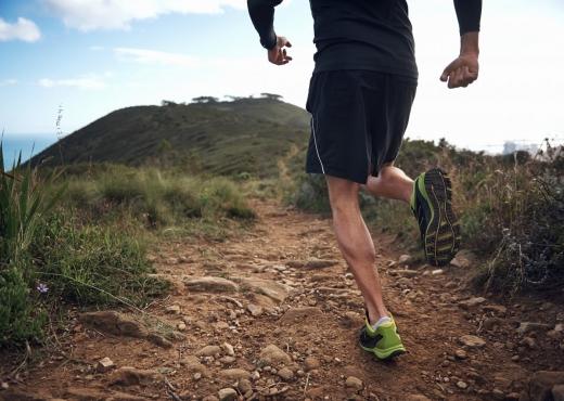 Ata që vrapojnë në rrugë janë transmetuesit më të rrezikëshmit e koronavirusit