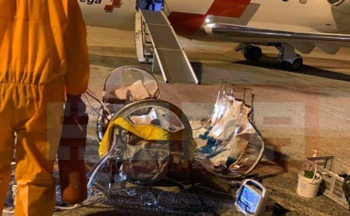 Foshnja shtetase zvicerane sëmuret në Shkup, Zvicrra dërgon aeroplan special, transferohet në Cyrih! (FOTO)