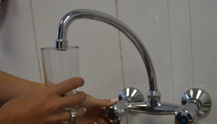 Shkup, uji për pije është i sigurt dhe cilësor