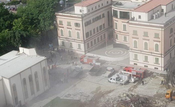 Shqipëri, vazhdojnë përplasjet për Teatrit Kombëtar