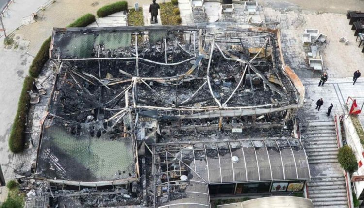 Zjarri në Q.T. Mavrovasja, objekti i shkrumbuar tërësisht