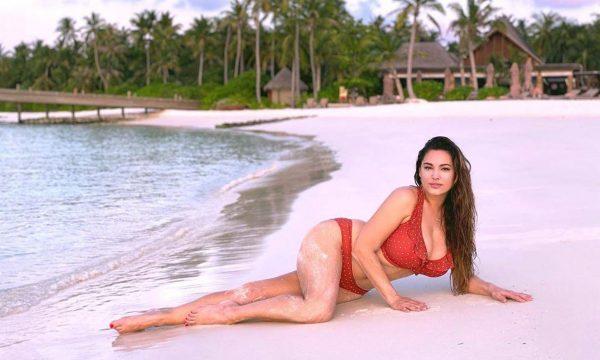 Gruaja me trupin më të përkryer në botë: Sa më e vjetër, aq më shumë shijohet seksi (FOTO)