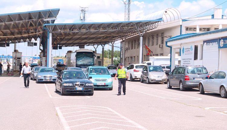 Maqedonia po shqyrton sërish mbylljen e kufijve me Kosovën e Serbinë