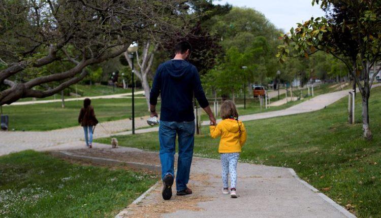 Në punë kthehen vetëm prindërit  fëmijët e të cilëve shkojnë në shkollë  por jo edhe ata që kanë fëmijë në kopsht