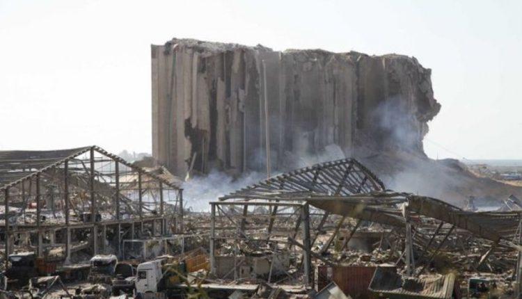 Bejruti sërish në alarm/ Gjenden 20 kontenierë me kimikate të rrezikshme, njëri prej tyre po rrjedh