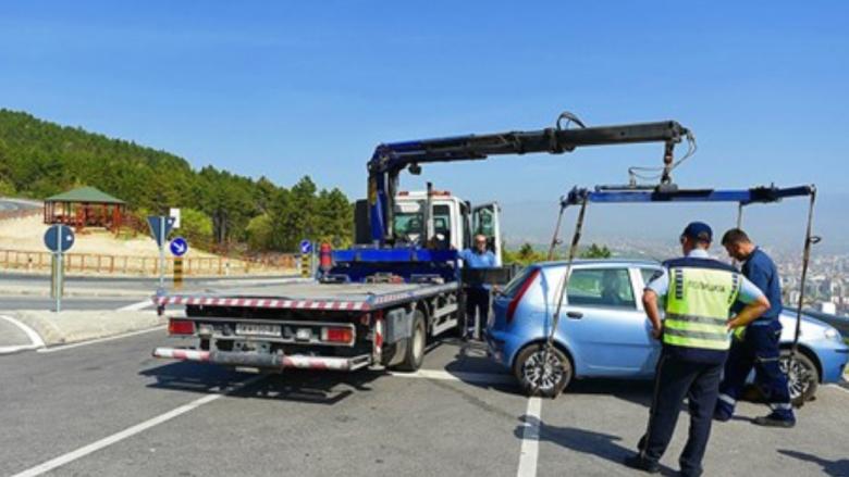 Shkup, për një javë janë larguar 129 makina të parkuara në mënyrë jo të rregullt
