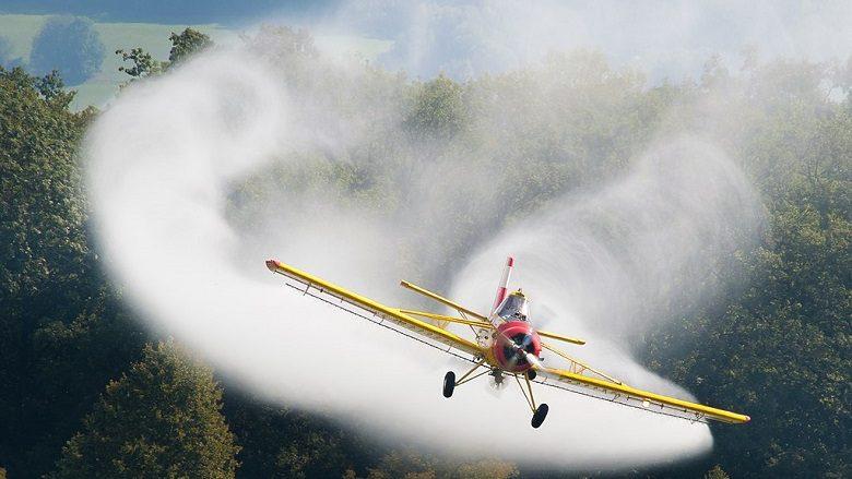 Spërkatje me aeroplan kundër mushkonjave në Shkup