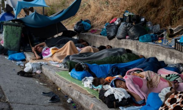 Gjermania pritet të pranojë 1,500 refugjatë nga ishujt grekë