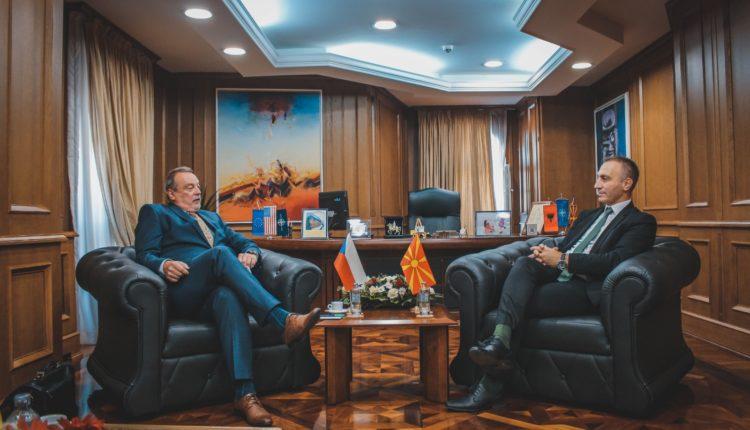 Grubi – Toman: Maqedonia e Veriut dhe Çekia, potencial për bashkëpunim ekonomik