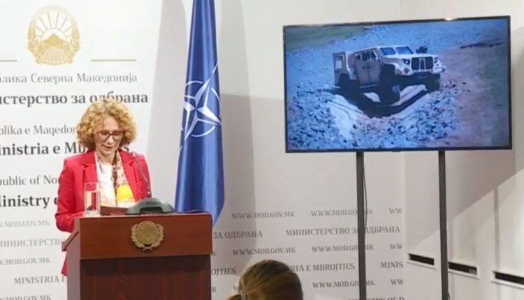 Shekerinska: Kemi porositur 151 makina ushtarake nga SHBA-ja