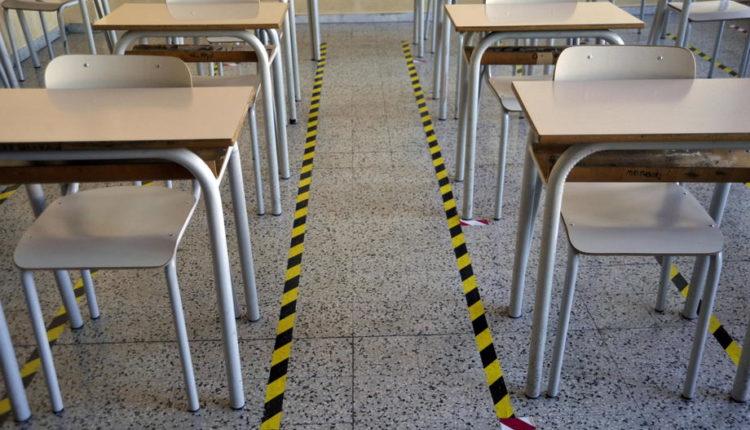 Në pjesën më të madhe të Italisë filloi viti shkollor
