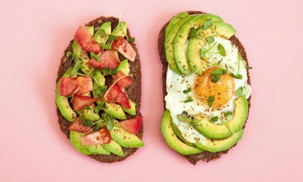Çfarë duhet të hani në mëngjes për ta reduktuar ankthin dhe stresin