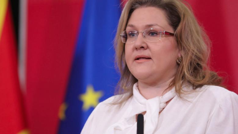 Anketa epidemiologjike do të tregojë nëse Petrovska ka infektuar dhe deputetë të tjerë