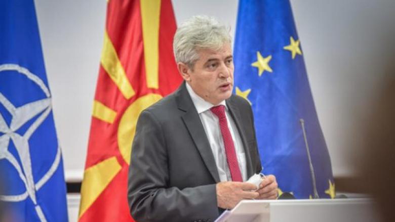 Ahmeti: Zaevi e rrezikon karrierën politike për ta zgjidhur çështjen me Bullgarinë