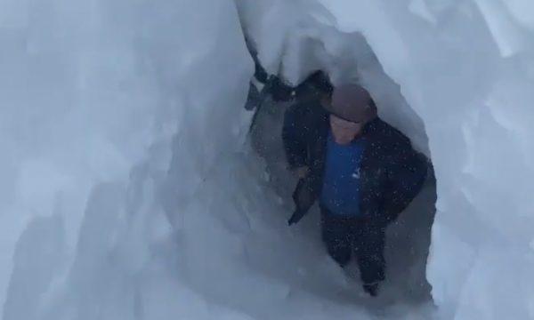 Bora arrin deri në 4 metra, FNSH zhvillon aksion shpëtimi në Shkodër