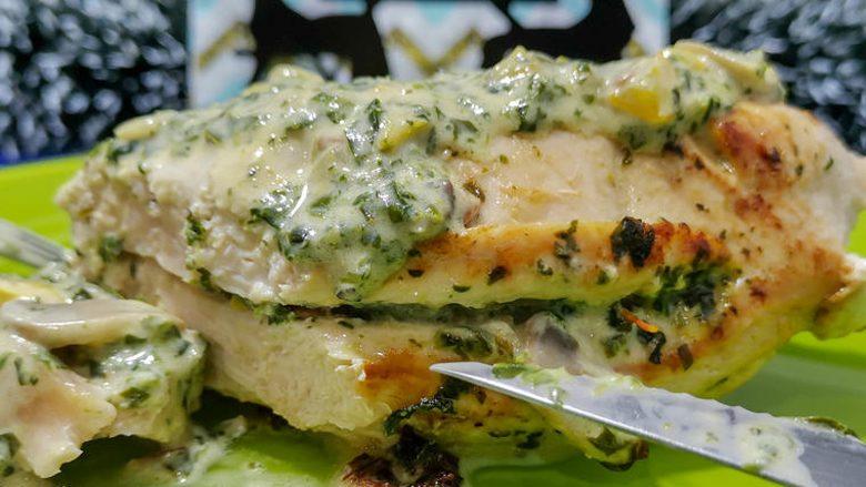 Fileto pule në salcë kremoze: Mënyra më e mirë për të përgatitur mish të bardhë!