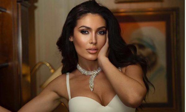 Habit këngëtari i njohur: Puthjen e parë do të doja t'ia jepja Nora Istrefit