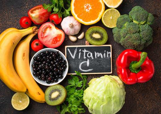 Të gjitha arsyet pse lëkura jote ka nevojë patjetër për vitaminën C!