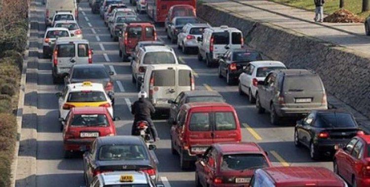 Regjim i posaçëm i komunikacionit në disa rrugë në Shkup