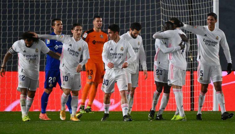 Reali fiton derbin e vogël të Madridit dhe provon të rihapë llogaritë e titullit