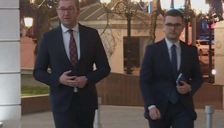 Mickoski paralajmëron votëbesim të ri për qeverinë
