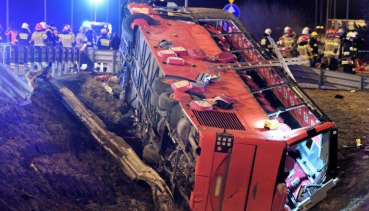 Përplaset autobusi në Poloni, raportohet për viktima dhe të plagosur