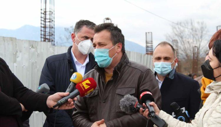 Saraj: Inspektohen punimet në ndërtimin e poliklinikës