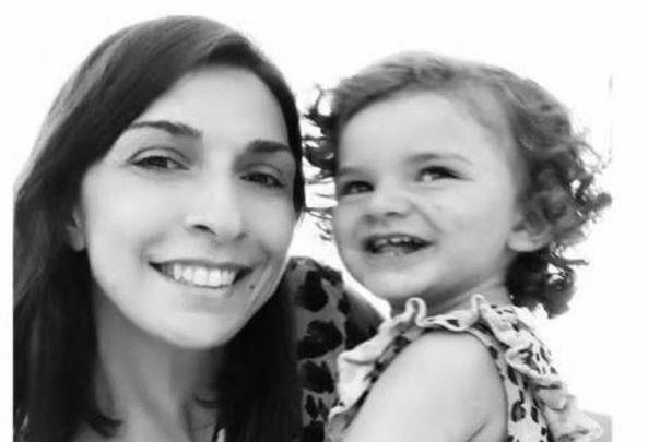 """Gruaja vret vajzën e saj 2-vjeçare, """"shkak"""" bëhet divorci me burrin"""