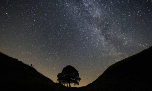 Sinjalet misterioze që vijnë nga Universi janë më domethënëse nga sa mendonin shkencëtarët
