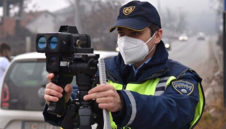 Sanksionohen 109 vozitës në Shkup, 30 për tejkalim të shpejtësisë