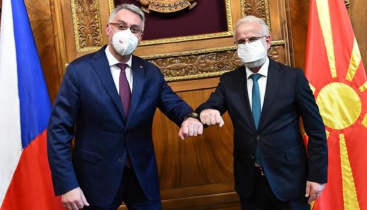 Xhaferi takoi ministrin e Mbrojtjes të Çekisë Metnar