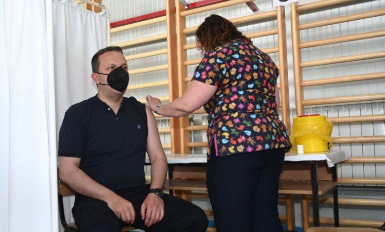 Spasovski: Vaksinimi përgjegjësi personale dhe shoqërore