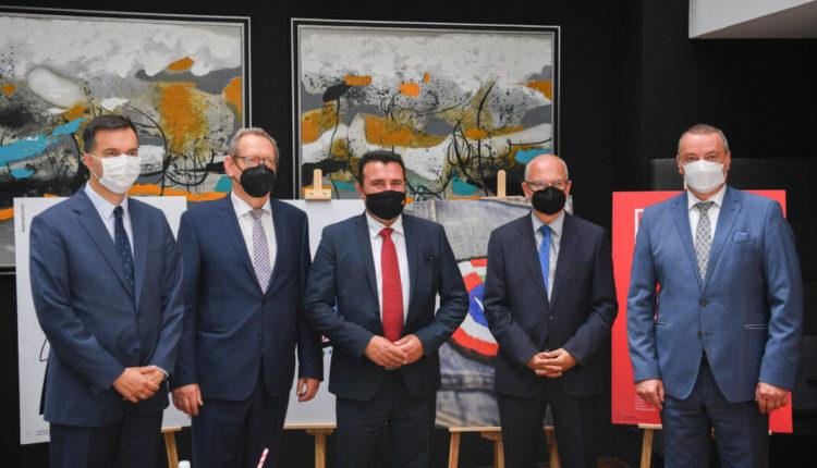 Kryeministri Zaev në mëngjes pune me ambasadorët e vendeve nga Grupi i Vishegradit