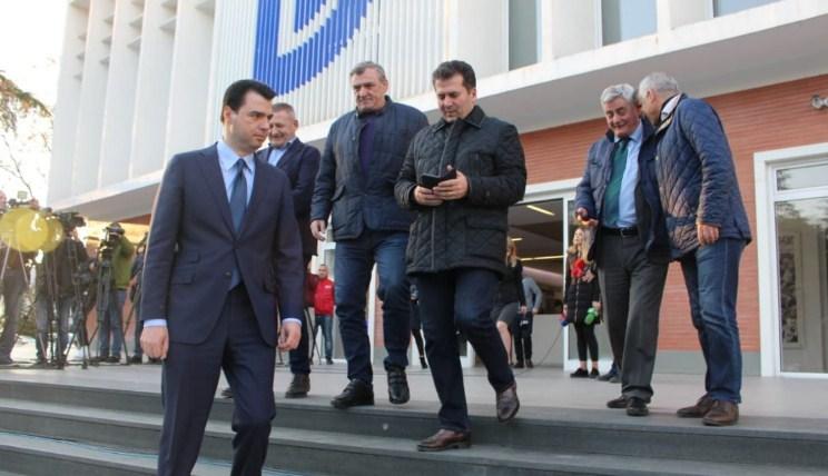Sot në Tiranë shpallet fituesi i garës për kryetar të PD-së