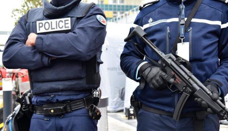 """""""Përleshje të dhunshme"""" mes policisë dhe qytetarëve që morën pjesë në një ndejë"""